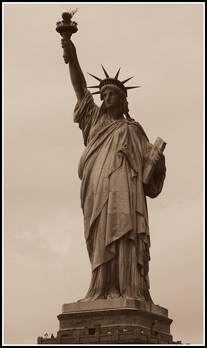 20110217-statue