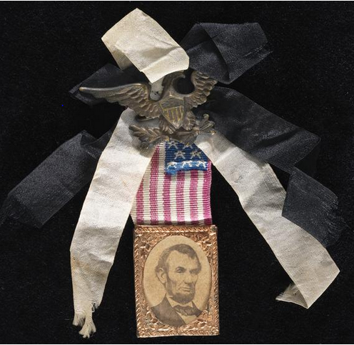 funeral-train-mourning-ribbon2